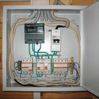 Монтаж, установка, замена, ремонт электрического щитка в Мысках. Ремонт электрощита Мыски. Индивидуальный квартирный электрощит в Мысках
